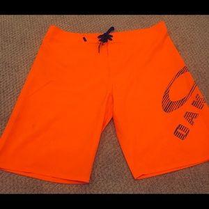 Men's Oakley Board shorts size 38 worn once